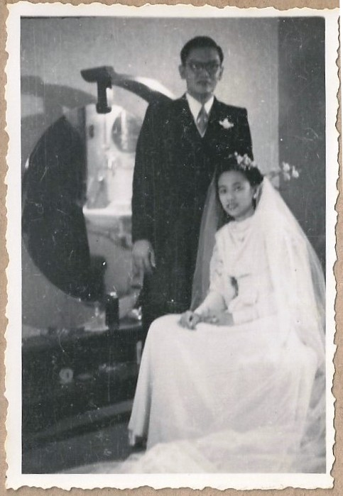 Figure 3 Bride and groom J.C. Liem & pencil on paper (coll. I.S. Rombout-Liem) S.H. Tan, 1947